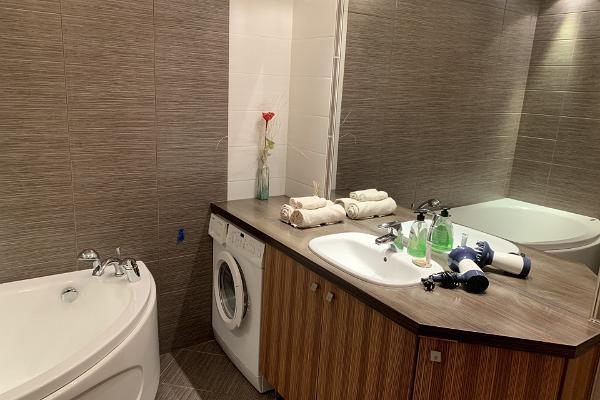 Ilmarine apartment, bathroom