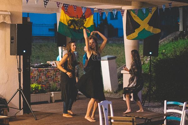 ULA bar, reggae and Jamaican music and vibes