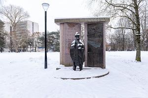 Hugo Treffnerin monumentti