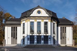 Teater Väike Vanemuine (lilla huset)