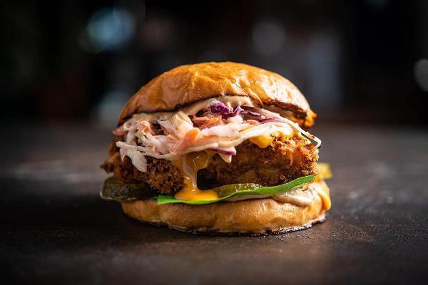 Restaurant Jahu in Kalamaja, Tallinn – selbstgemachter Burger