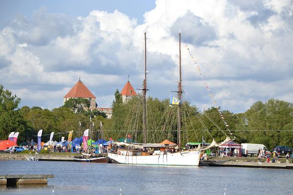 Kuressaaren meripäivien antiikkimarkkinat