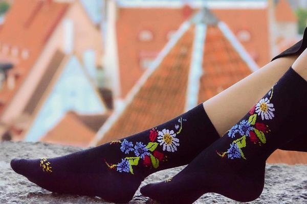 sokisahtel-sirje-cotton-socks-visit-estonia