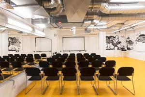 Hektor Design Hostelin seminaaritila