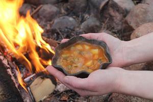 Parim toit on lõkketoit! Loodust säästev vegansupp!