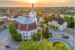 Valgas Jāņa baznīca