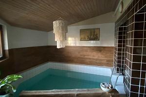 Saunaruum- külmavee bassein