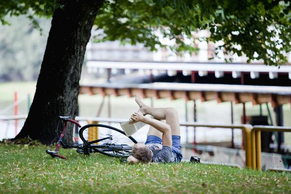 Das deutsche Dorpat: literarischer Spaziergang in einer deutschbaltischen Stadt