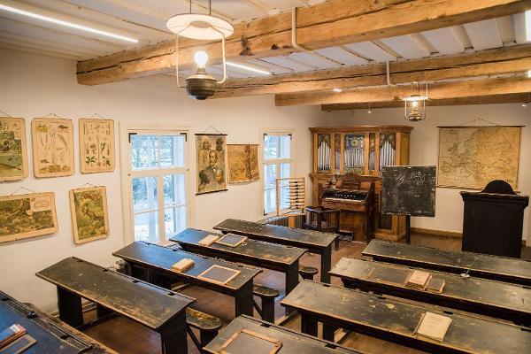 Palamuse muuseumi klassiruum