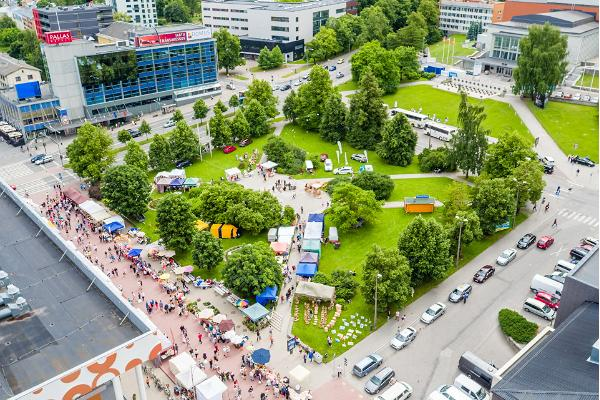 Summer greenery of Tartu city centre