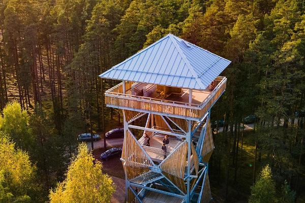 Valgesoo bog lookout tower
