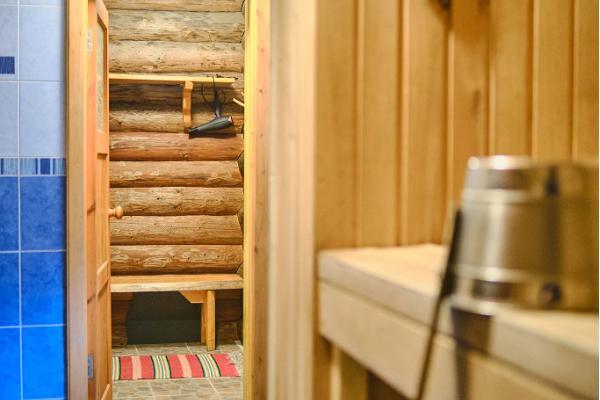 Saare Järve Puhkemaja. Sauna.