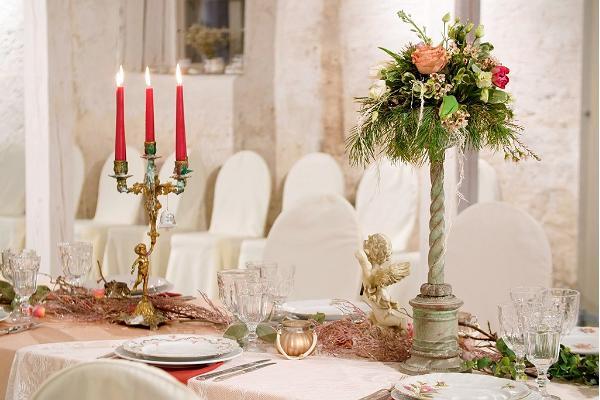 Pidulik laud Anija mõisa ait-sündmuskeskuses