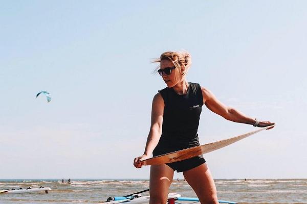 Aloha skimboard training in Pärnu