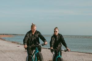 Fatbike-Tour auf die Dünen am Strand Pärnu