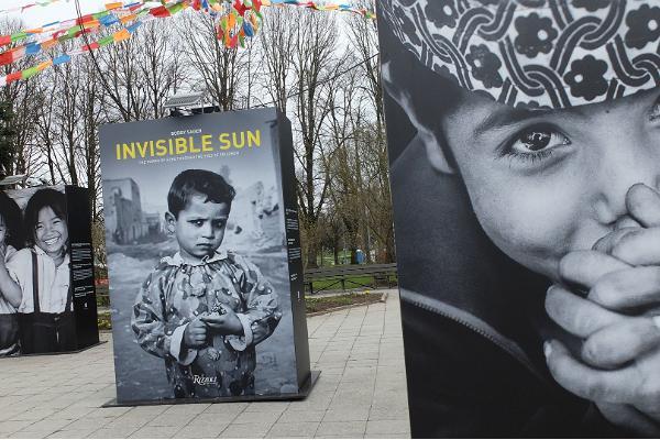 """Bobby Sageri näitus """"Invisible Sun"""""""