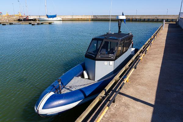 Izbrauciens jūrā ar kuteri - izpriecu brauciens un jūras taksometrs