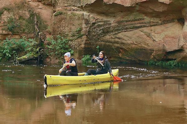 Kahepäevased kanuumatkad ja süstamatkad Ahja jõel