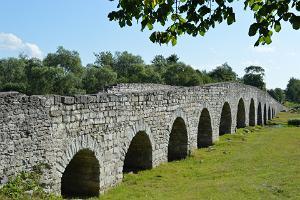 Vana Suuresilla sild Kuressaare äärelinnas