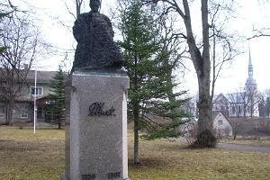 Jakob Hurtin monumentti Otepäällä