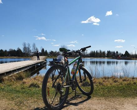 Oma käel Käina-Kassari jalgrattatuur