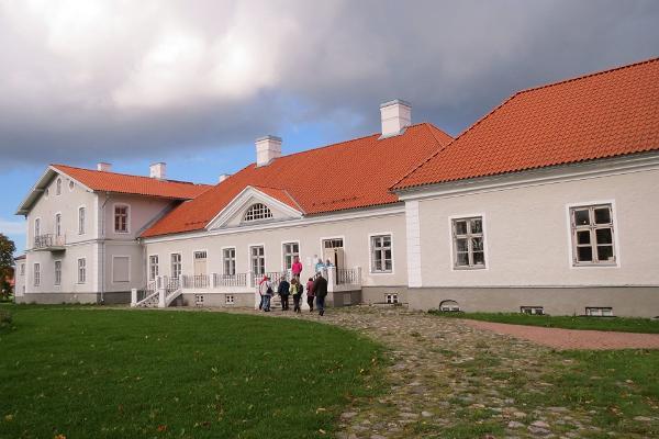 Kukruse Polar Manor