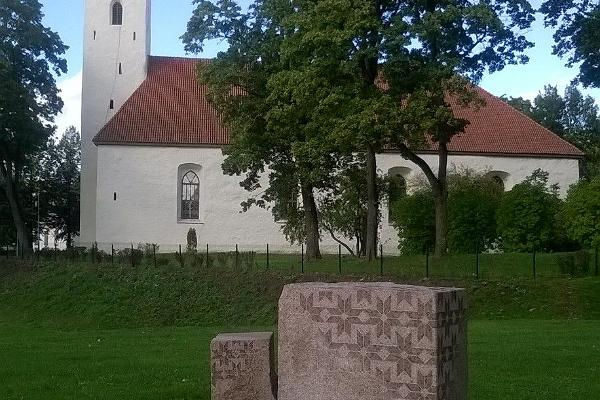 Jõhvi St. Michael's Church and the memorial of the first song festival