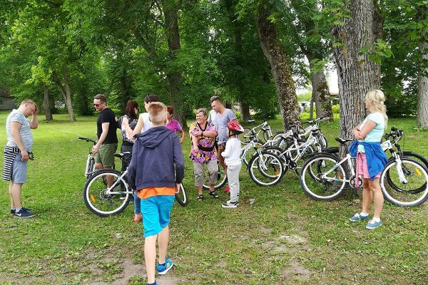 Lahemaa jalgrattamatk loodusgiidiga