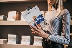 Toristeninformation Pärnu im Café und Designgeschäft Sonne