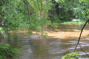 Liivapaljandid ja muistendid Ahja jõe ürgorus