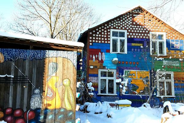Tänavakunstituur Tartu vanalinnas, Kroonuaia ja Oa ristmik