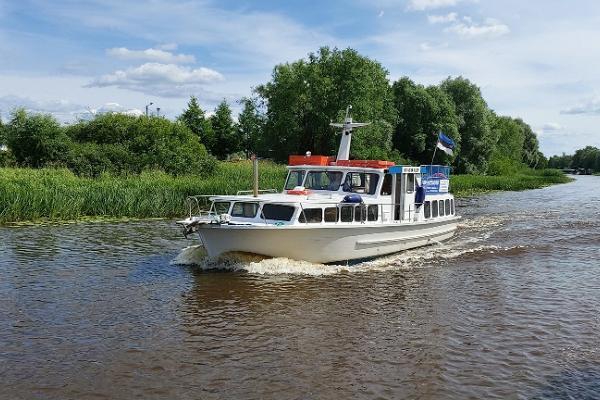 Прогулки по реке Эмайыги на судне Signild на заказ