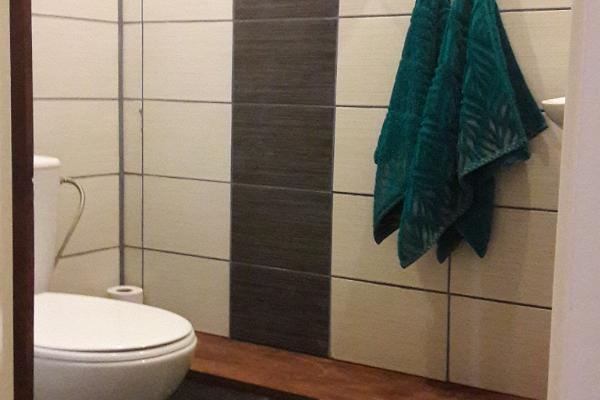 HIIEMÄE PUHKEMAJA tualettruum