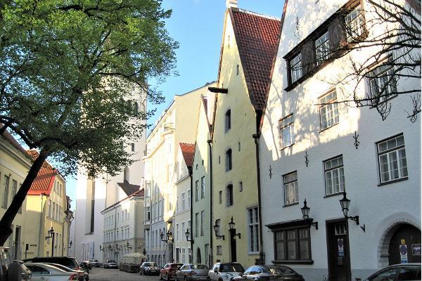 """Ekskursioon giidiga: """"Tallinna keskaegne vanalinn, linnarahvas ja legendid""""."""