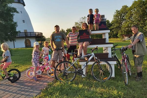 Kultuurireis auto või jalgrattaga Mulgimaale