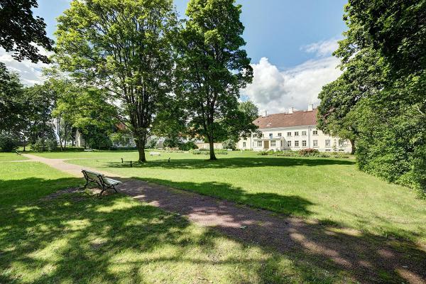 Guidad tur till Anija herrgårdsparks dolda charmer