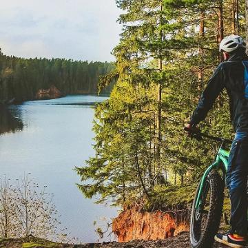 Jalgrattamatkad, -ekskursiooni ja sobivad matkateed Eestis