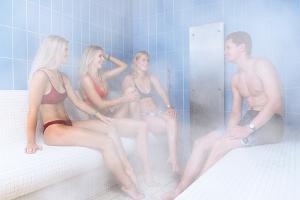 Aura Keskuse saunakeskus: Auru-aroomi saun