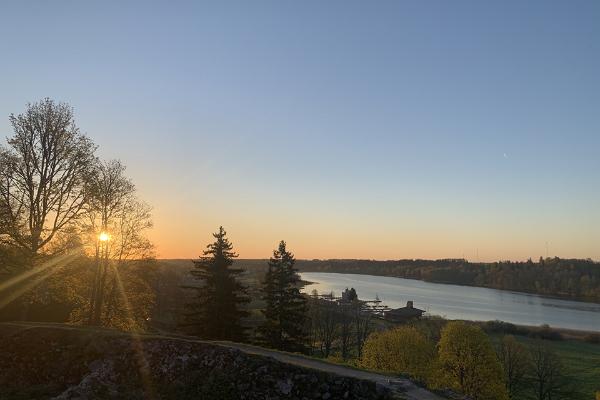 Varahommikune seiklus Viljandis koos hommikusöögiga Lossimägedes