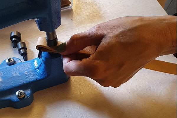 Nahakunstistuudio Heling nahkesemete valmistamise töötuba