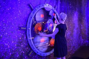 Выставка «Аххаа, гравитация!»