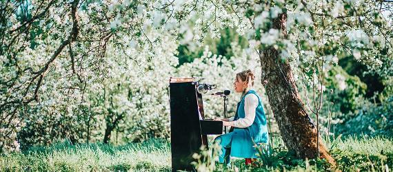 XVI Hiiu Folk festivaalissa esiintyjinä huippuartistit Virosta, Suomesta ja muualta Euroopasta