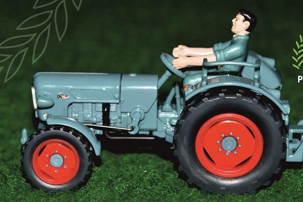 Model exhibition 'In the world of mini tractors'