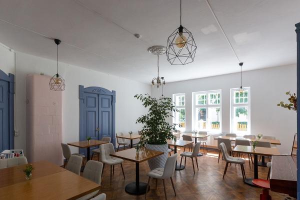 Villa Maria café/restaurant/cocktail bar
