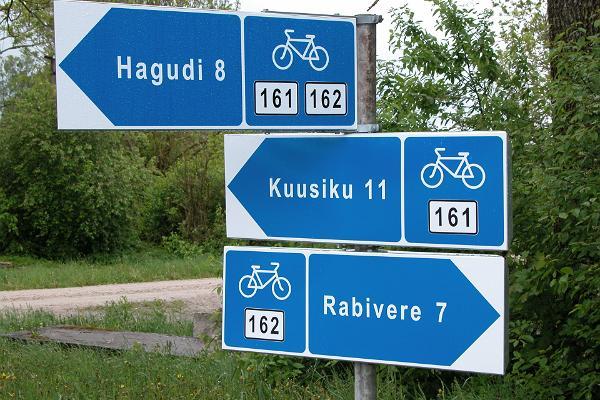 Pyörätien merkit Raplamaalla