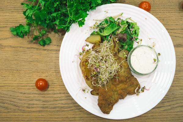 Café Sparkla, Schnitzel, Kartoffeln, Mittagessen