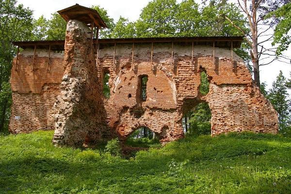 Rõngu vasall-linnuse varemed