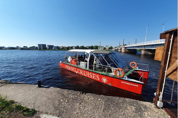 Pärnu Cruises laivaretket Pärnun joella ja lahdella