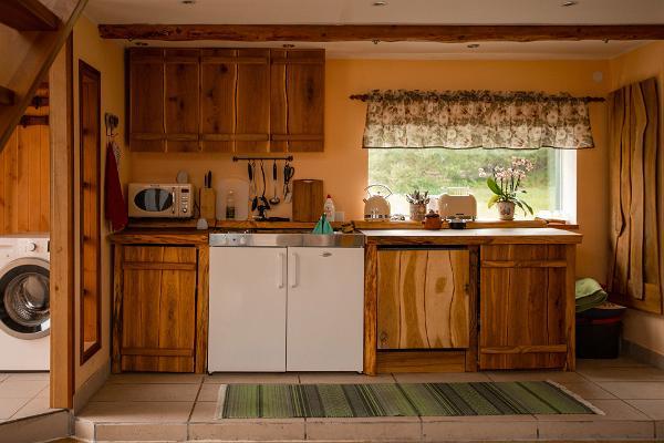 Hiiemäe Puhkemaja kööginurk