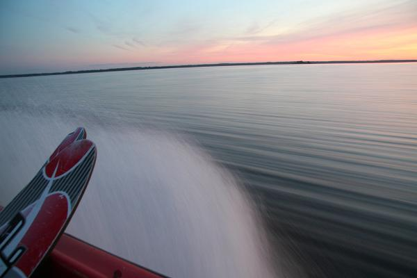 Tamme Tallin lomatalo - vesihiihto Võrtsjärvellä